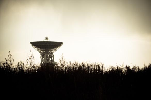 Pinging Satellite Dish - marat-gilyadzinov